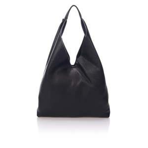 Černá kožená kabelka Massimo Castelli Carmit
